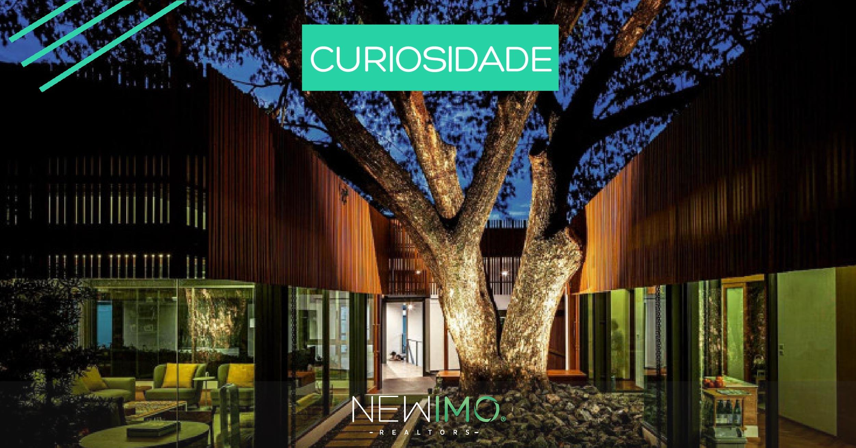 Uma casa de design espetacular na Tailândia onde a natureza e a luz são os protagonistas